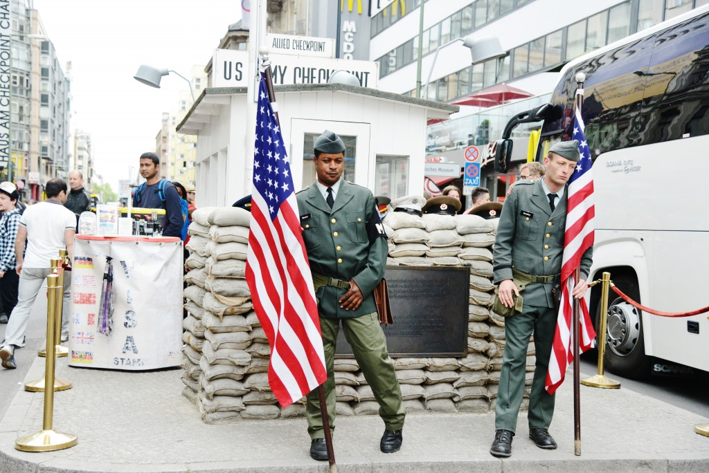 checkpoint charlie 10