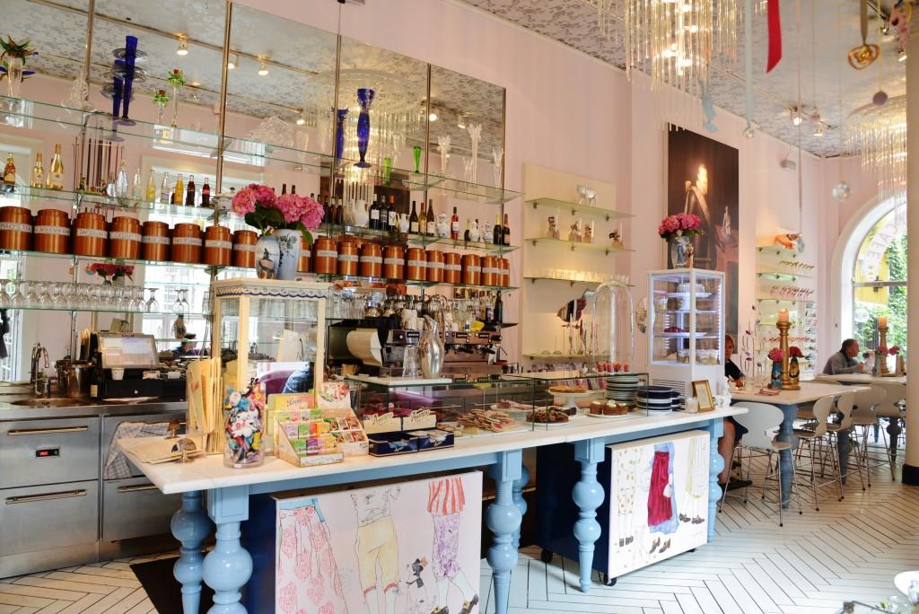 Royal Smushi Cafe 1